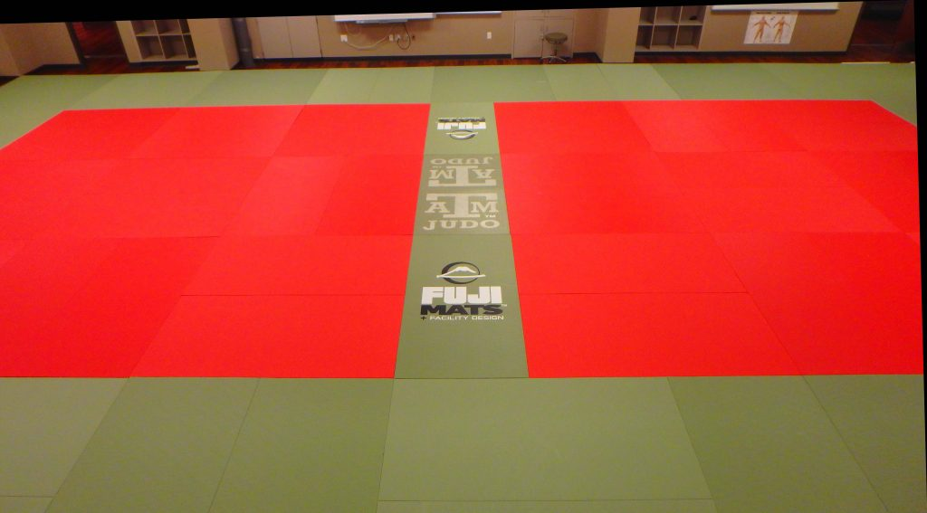 Texas A&M Fuji mat set up